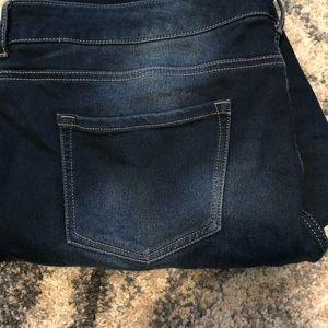 Maurice's dark wash skinny jean size 20R
